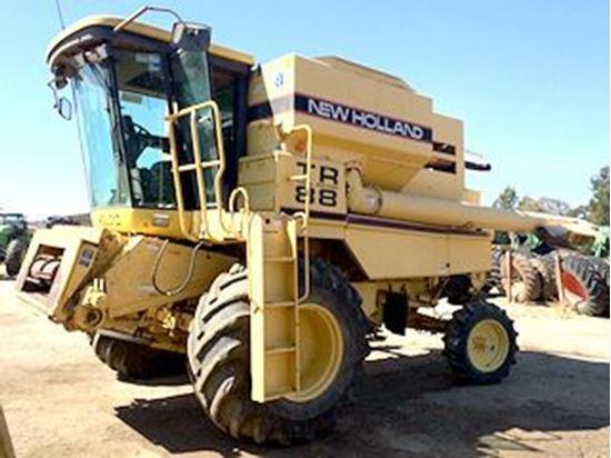 New Holland TR88 combine harvester