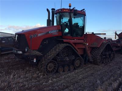 Photo 1. CASE IH STEIGER 535 QUADTRAC tracked tractor