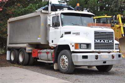 Mack Tipper