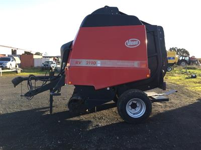 Photo 1. Vicon RV2190 RV 2190 Round Baler