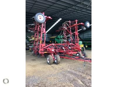 Morris 40FT BAR WITH JOHN DEERE 350 CART airseeder