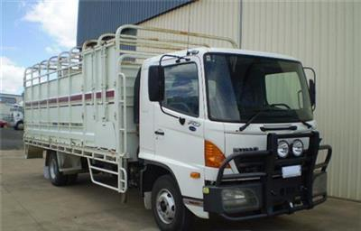 Photo 1. Hino Stock Crate truck