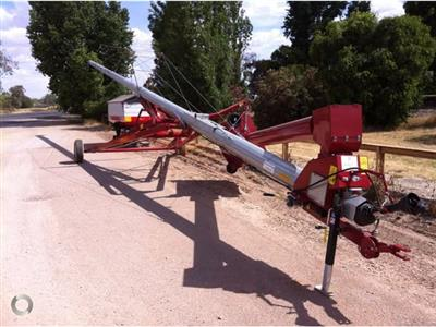 HUTCHINSON 72 FOOT BY 10 INCH SWING AWAY auger