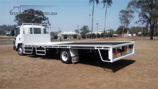 Photo 1. Isuzu FSD 120/260 Cab Chassis truck