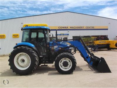 New Holland TD90D CAB tractor
