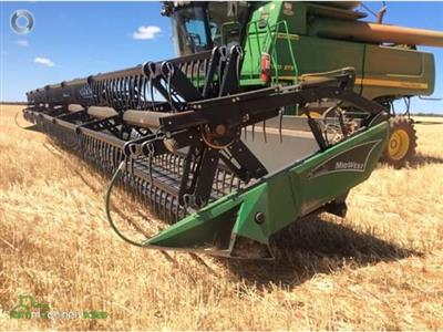 Photo 1. Midwest CH41CTF harvester front