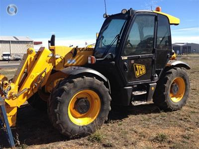 Photo 1. JCB 541/70 SUPER telehandler