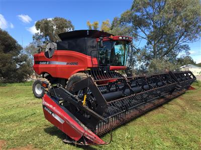 Photo 1. CASE IH 8010 combine harvester