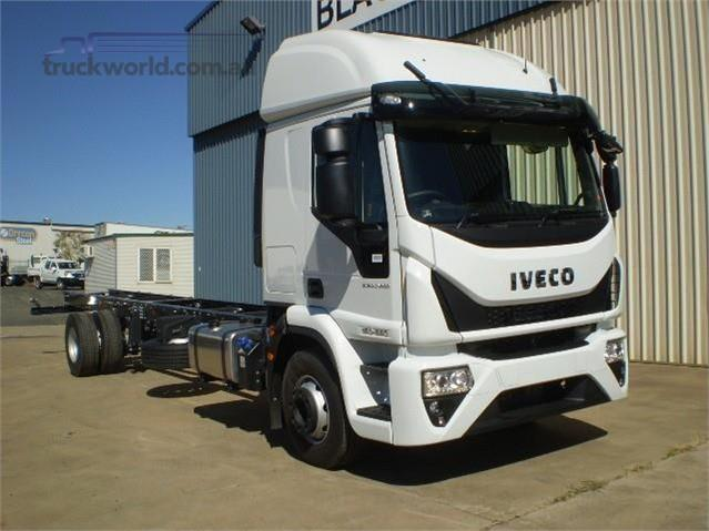 Photo 1. Iveco Eurocargo ML160 Cab Chassis truck