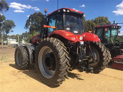 Photo 2. CASE IH MAGNUM 310 tractor