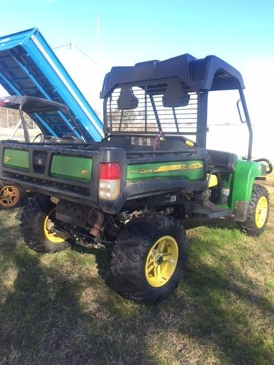 Photo 4. John Deere 825i Gator