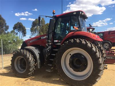 Photo 3. CASE IH MAGNUM 310 tractor