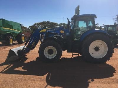 Photo 2. New Holland T7070 tractor