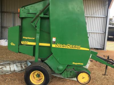 Photo 2. John Deere 467 round baler