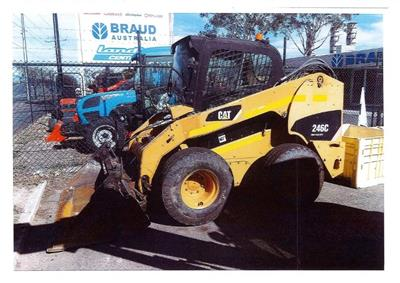 Used Caterpillar 246C Skidsteer
