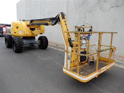 Photo 3. HAULOTTE HA18PX boom lift