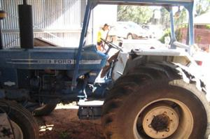 Photo 1. Ford 760 tractor
