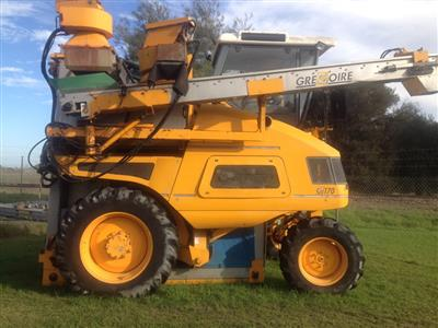Photo 2. Used Gregoire G170 Harvester