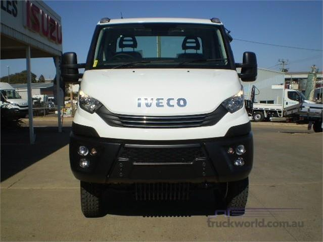 Photo 2. Iveco Daily 55s17W 4x4 Cab Chassis truck