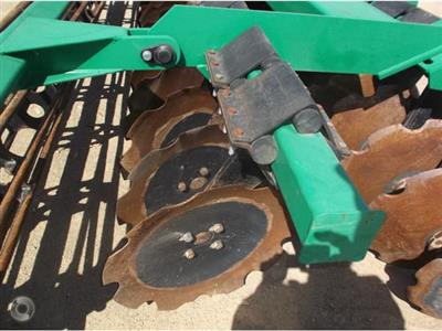 Photo 2. K LINE 2940DD cultivator
