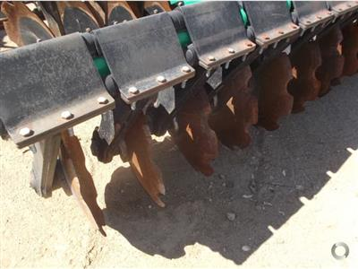 Photo 4. K LINE 2940DD cultivator